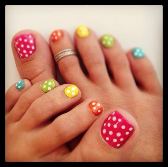 cute+Colorful-Polka-Dot-Nails+for+summer