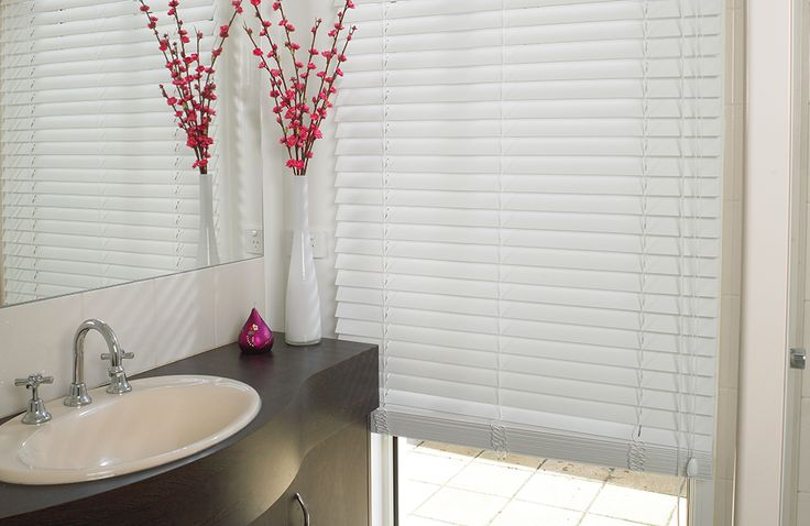 One of the best parts about moving into your own home is being able to (finally) pick your own décor. Here are our top tips for picking out window treatments.  #abcblinds #blinds #firsthome #homeinspo #stylingtips #awnings #curtains #interiordesign #windowtreatments #DIY #newhome #movingday #homeowner #homedecor #perthhome #perthstyle