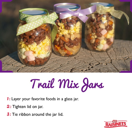 Great Christmas present to make and give -  #Raisinets Trail Mix Jars