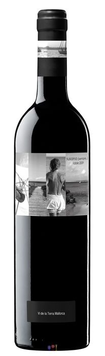 Susana (sempre...) 2009. Vino de la Tierra de Mallorca elaborado con uvas Manto negro, Sauvignon y Merlot. Envejecido en barricas de roble francés y americano. Interesante combinación de uvas. También me gusta la etiqueta. 8,40 €