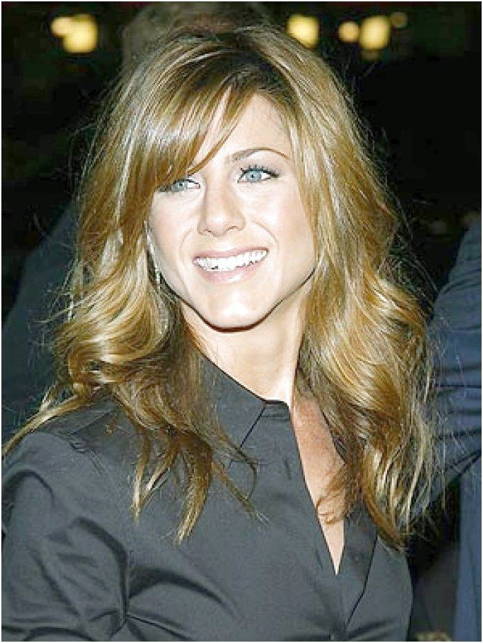 Long_Layered_Hairstyle_With_Side_Fringe_17.jpg 700933 pixels #ShortBrunetteHairstyles Like what you see? click on the link to find out more.