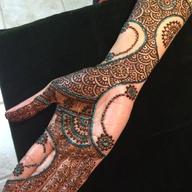 Modern Henna Designs: Modern Henna Design