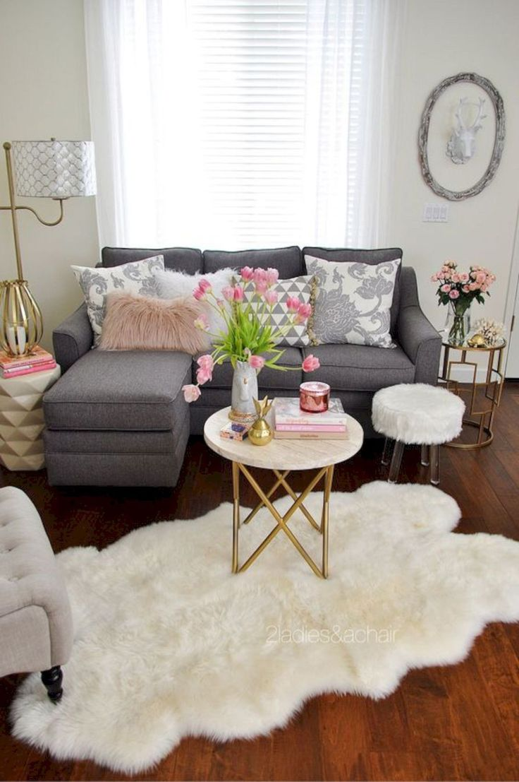 16 Top Small Living Room Furniture Ideas https://www.futuristarchitecture.com/32219-small-living-room-furniture-ideas.html