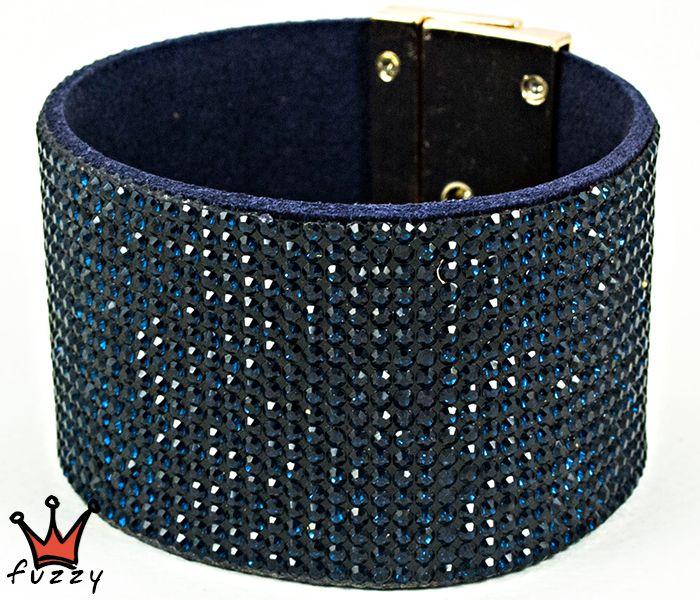 Βραχιόλι σε ιδιαίτερο σχήμα σε μπλε/χρυσό χρώμα. Μαγνητικό κούμπωμα.