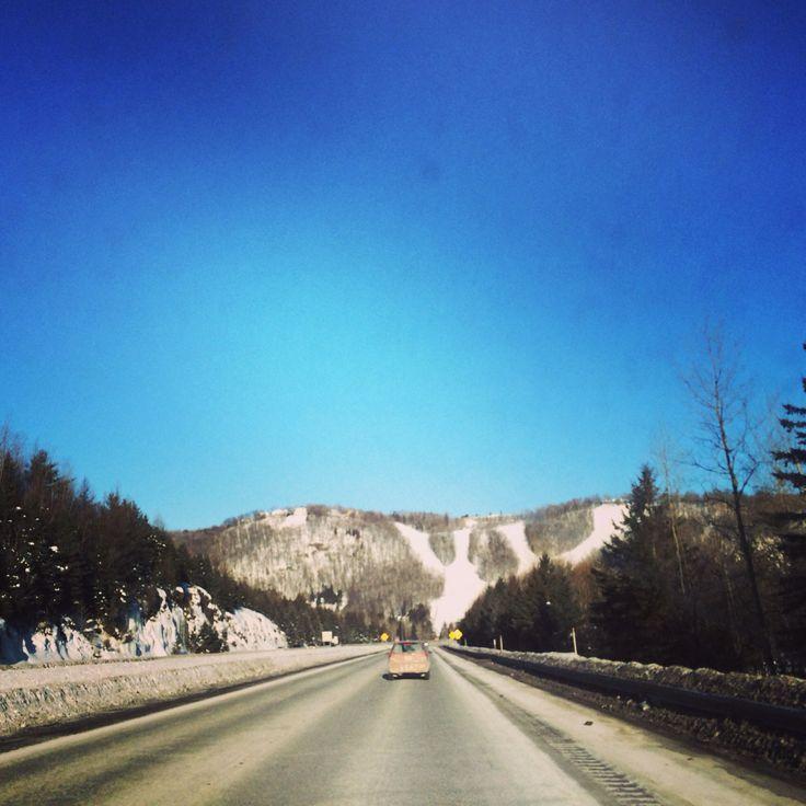 On the road! Direction les Laurentides @aventureOolahwan @Stéphane Rasselet-marguerite-du-lac-masson @Tim Fagan #lovemotoneige