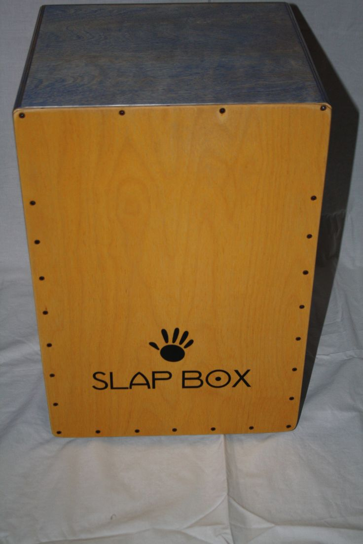 Custom made Deluxe Cajon in Ultramarine Blue and Boxwood coloured striking plate.
