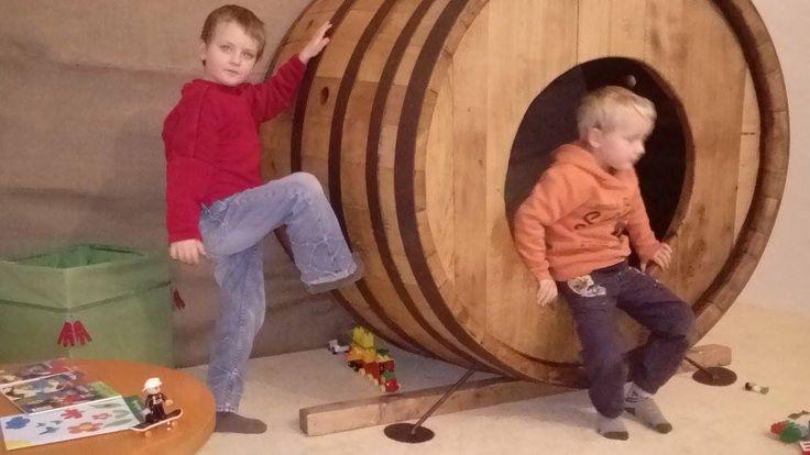 Náš dětský koutek. #kidscorner #thirwinebar http://www.thir.cz/