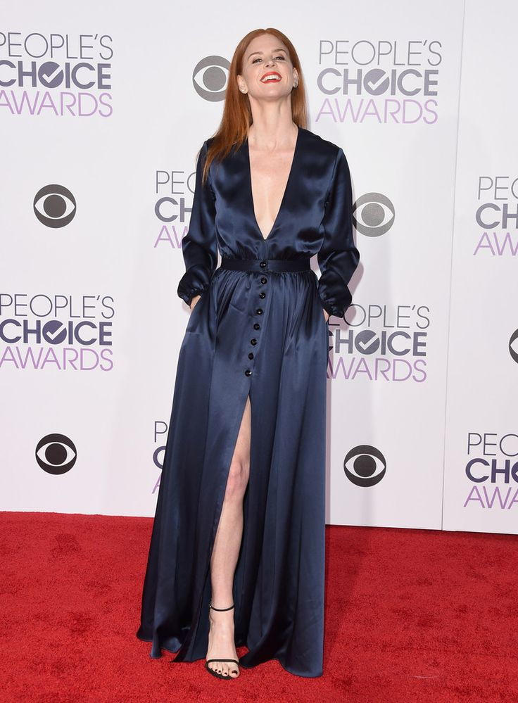 Fabulously Spotted: Sarah Rafferty Wearing Houghton - 2016 People's Choice Awards - http://www.becauseiamfabulous.com/2016/01/07/fabulously-spotted-sarah-rafferty-wearing-houghton-2016-peoples-choice-awards/