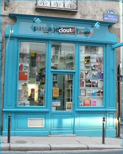 """Paris 6e La librairie """" Le Passage Clouté"""" 19 rue Bonaparte"""