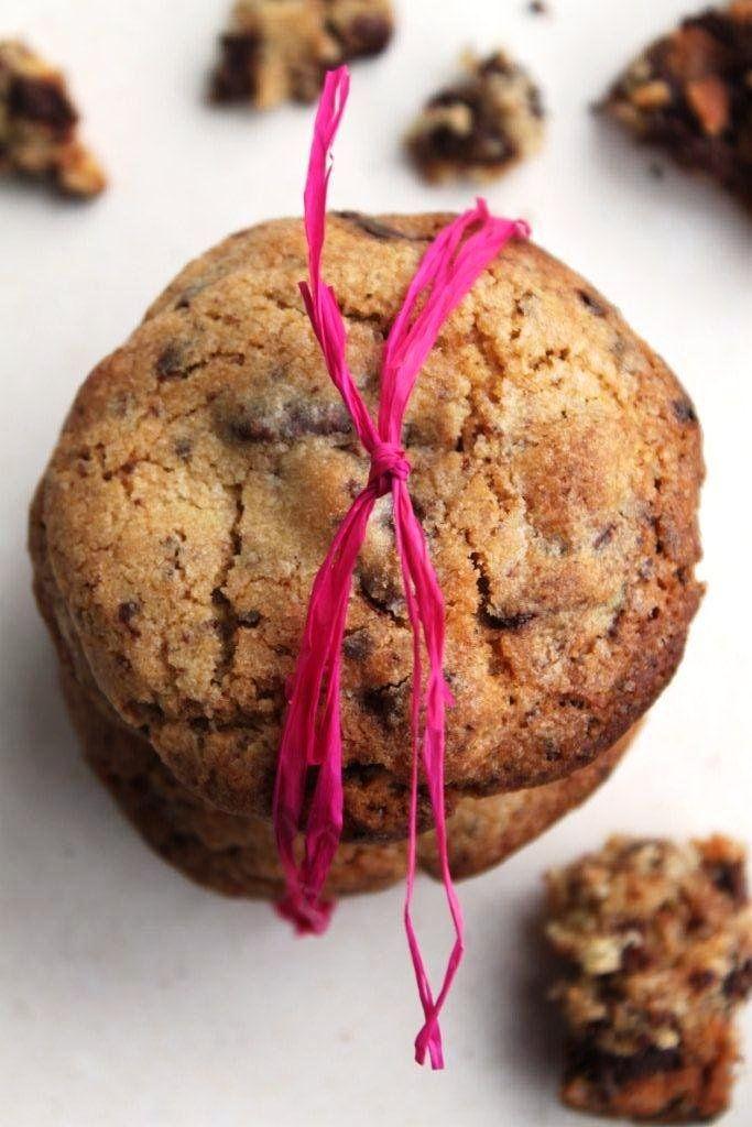 A borongós,hideg, nyirkosősz pont az ilyen meleg, ropogós, falnivalócsokis kekszek időszaka. Nigella Lawsonreceptjébentalálható csoki chipset...