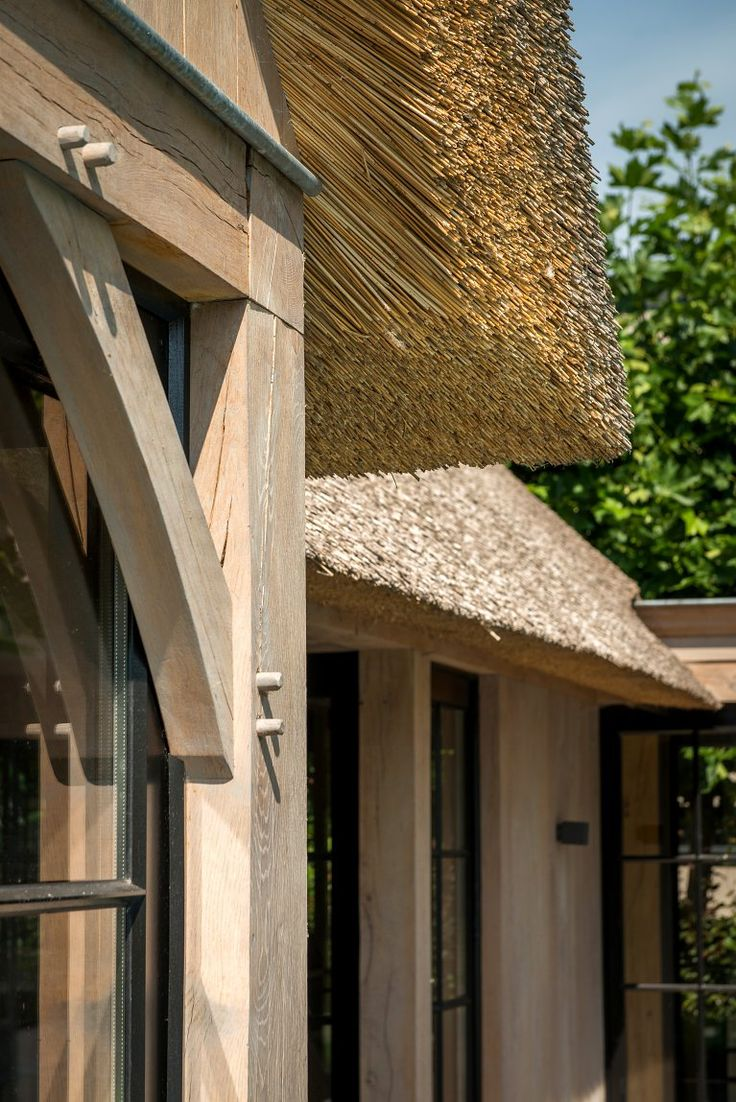 25 beste idee n over zwembad huizen op pinterest for Huizen ideeen