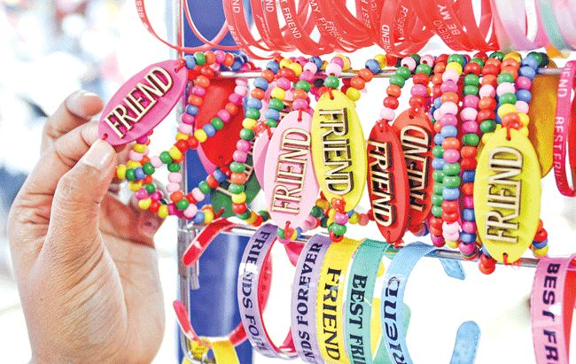 Awesome Friendship Day Bands, Best Unique Friendship Day bands ~ Friendship Day Wishes, Friendship Day Quotes, Friendship Day Wallpaper, Friendship Day Status