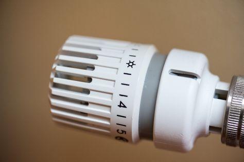 L'inverno sta arrivando. Fatevi trovare pronti. 10 regole per risparmiare con i termosifoni.