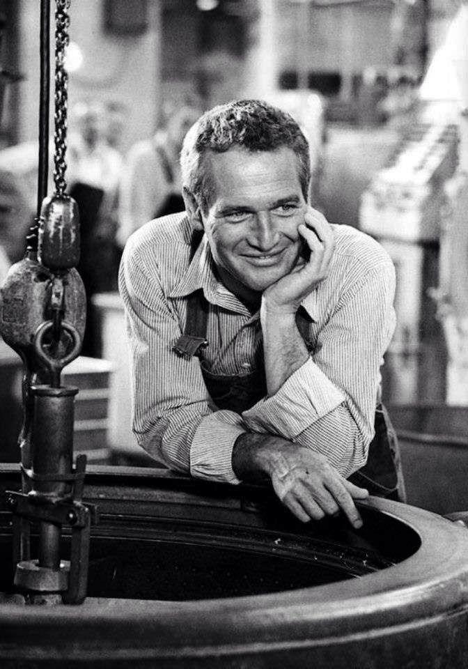 Paul Newman en el set de 'El hombre de Mackintosh' (John Huston, 1973)