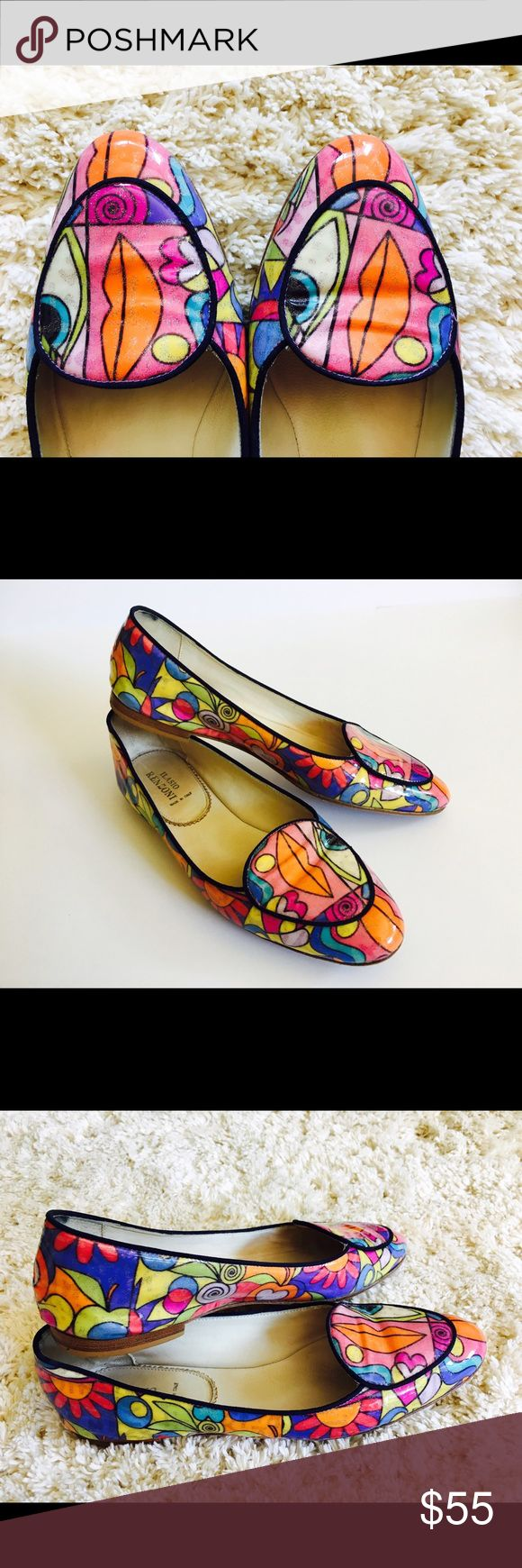 Fabulous Renzoni Italian Abstract Flats Size 38🛍 These are my favorite shoes :) They will be the statement peace of your wardrobe that will make any outfit standout. They have being purchased in Italy 2 years ago and due to my love for them hills have some use in it. Please see pictures for more information. Shoes Flats & Loafers