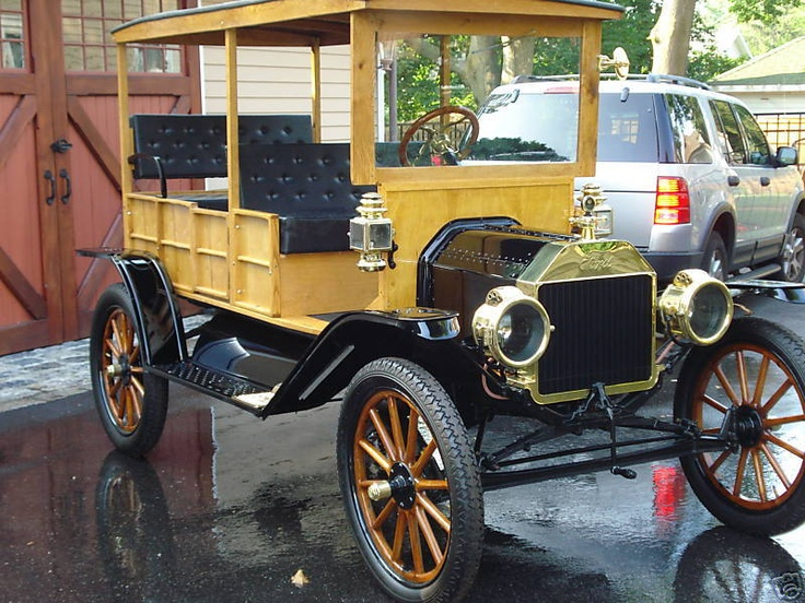 78 best my garage images on pinterest carriage house for Garage ford 78 plaisir