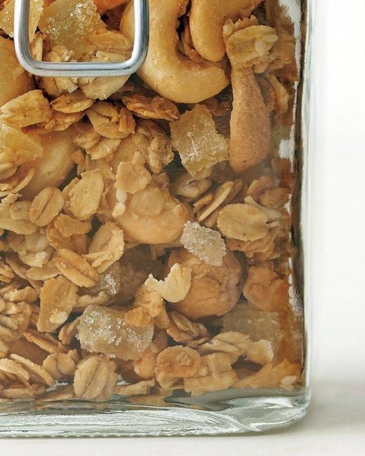 Cashew-Ginger Granola Recipe