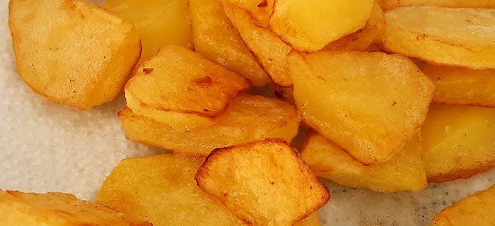 De perfecte gebakken aardappelen. Moeilijk? Niet met dit eenvoudige recept... vol van smaak en lekker krokant.