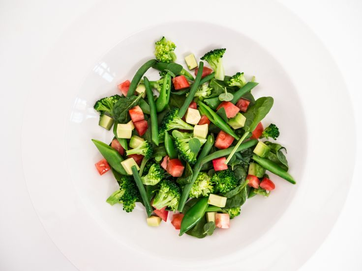 Green salad with Dauro olive oil