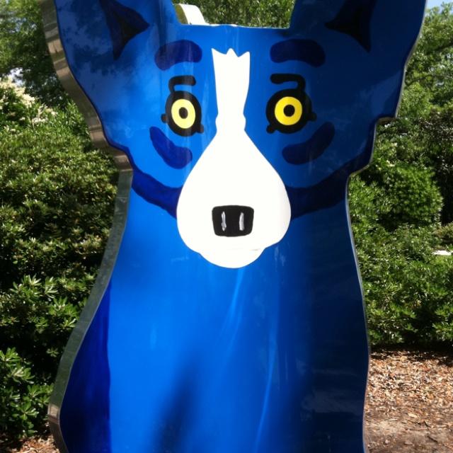 Blue dog sculpture at NOMA Dog sculpture, Blue dog
