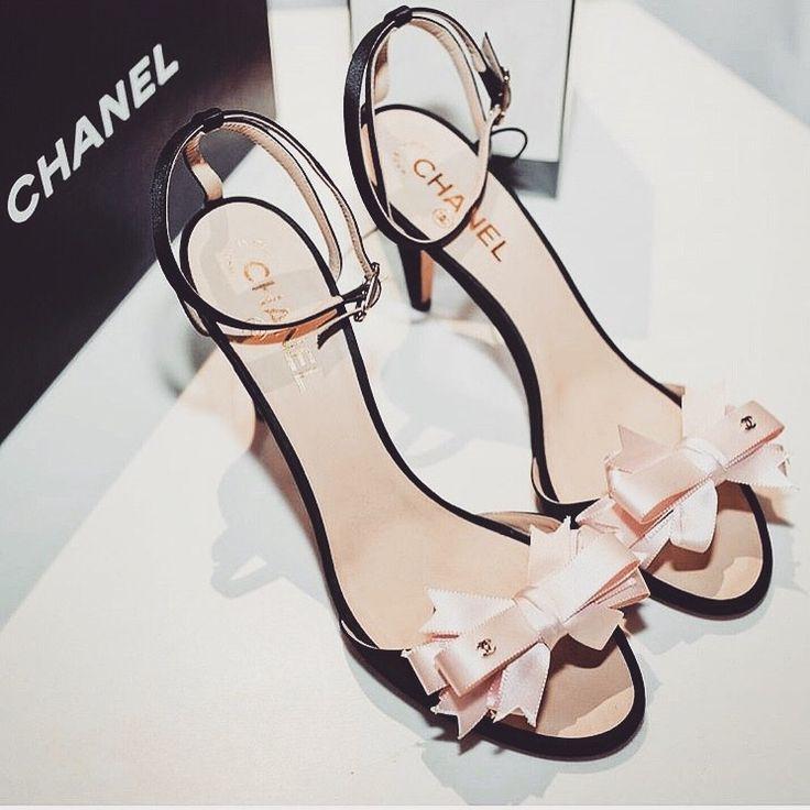 @bg_rrs ✨ chanel heels
