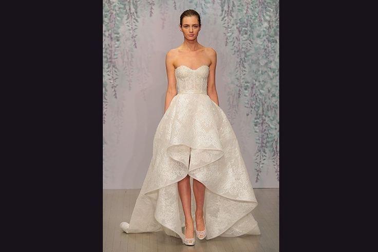 Cortes assimétricos e decotes de coração são tendência em moda para noivas