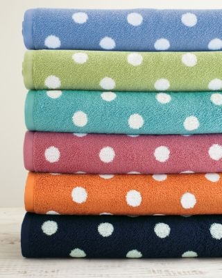 Dot to Dot Towels, perfect to bring to camp! #camp: Polka Dots, Kids Bathroom, For Kids, Dots Towels, Garnet Hill, Hill Dots, Bathroom Idea, Blue Dots, Hands Towels