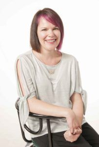 {Momentrepreneur} Meet Shelley, who will help you build that online course