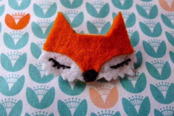 Le rose et le noir: DIY: une broche renard en feutrine