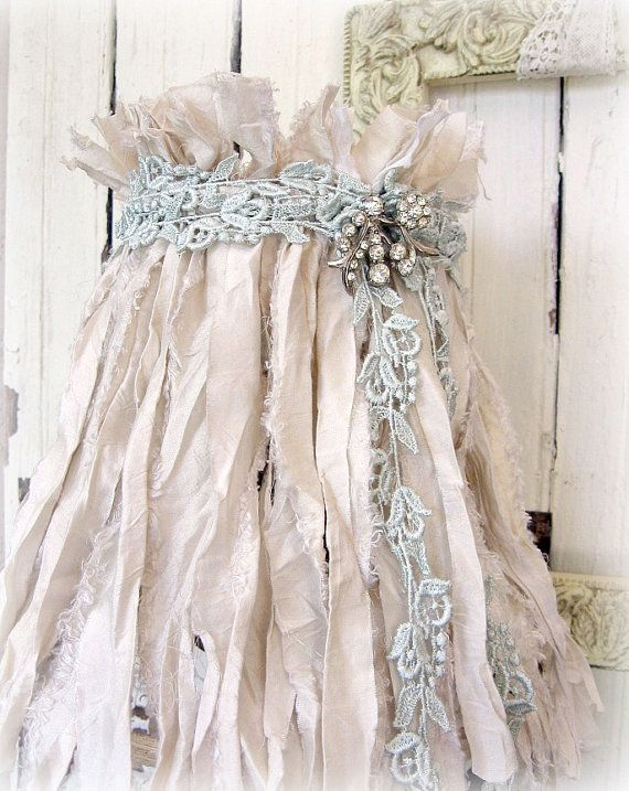 25 best ideas about shabby chic lamps on pinterest for What does shabby mean
