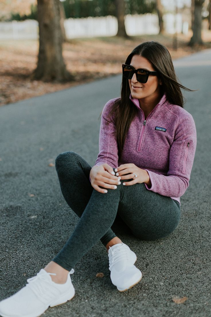 patagonia pullover, beyond yoga high waist leggings, nike air presto sneaker. a southern drawl fitness, fitspiration, leg workout guide // grace wainwright a southern drawl