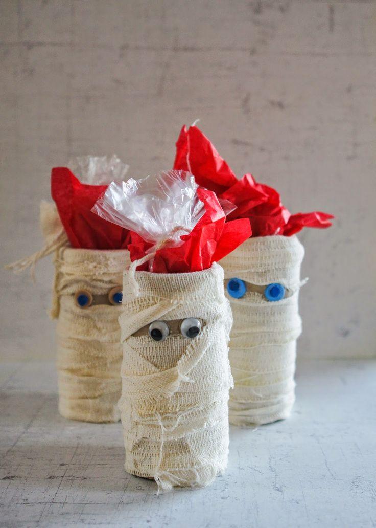 mumie na halloweenowe cukierki  halloween candy bags - lovely mummies