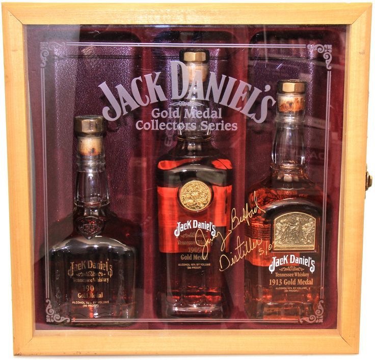 Date of Release: 2002 Alc/Volume: 43.0%    Bottle sizes: 750ml Collector Rating: 8 Details: Jack Daniels Gold Medal Collection is a very rare boxed set of the first 3 bottles in the Jack Daniels Gold Medal series. The box has been hand signed by Jimmy Bedford Master Distiller in 2002