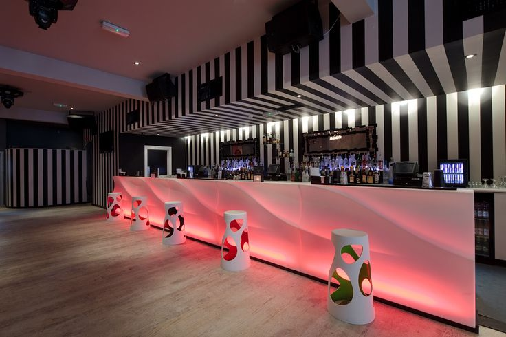 Myyour wave bar we were the first in the UK to design and specify this.