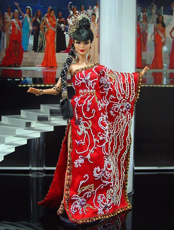 Looove the hair. Ninimomo Miss Malaysia 2011 ooak barbie