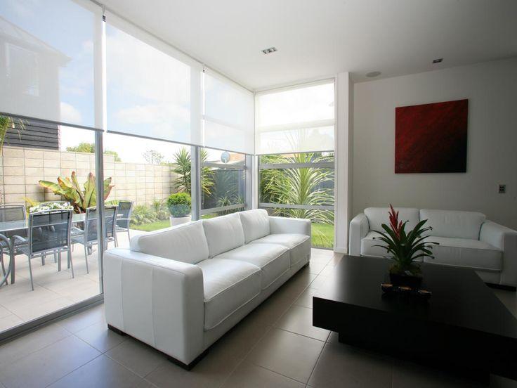 tip de ideas para decorar con cortinas roller sun screen