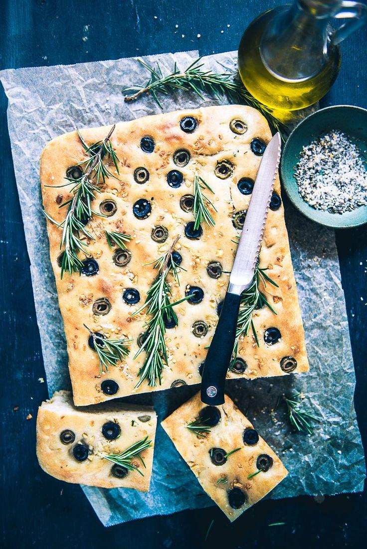 Olives garlic focaccia bread