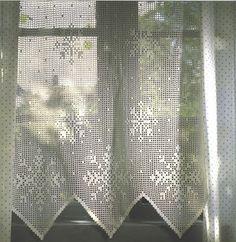 ... SnOw~fLaKe*.* Filet Crochet Curtains !