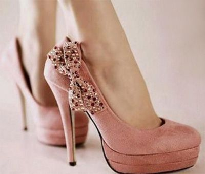 pink bow heels...love these!!: Walks, Bows Heels, Color, Dresses, Pink Heels, Pink Bows, Pump, High Heels, Pink Shoes