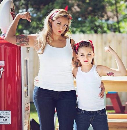 Mother/Daughter pinup