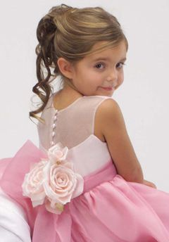 Pink Flower Girl Dress Sweet lIttle kids at weddings are the best portrayal of how L O V E grows.