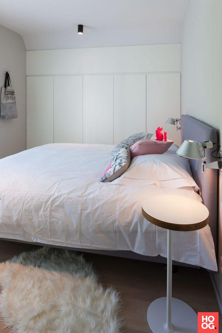 moderne witte slaapkamer | slaapkamer design | bedroom ideas | master bedroom | Hoog.design