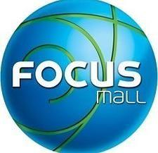 Najbardziej znane centrum handlowe w Bydgoszczy - Focus Mall. Czuć klimat świąt, również w promocjach, każdy znajdzie coś dla siebie i bliskich.