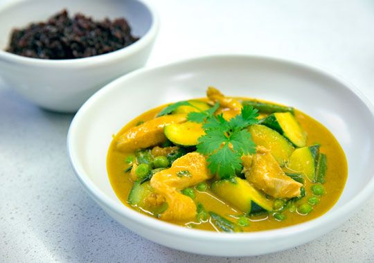 Coconut Peanut Chicken Curry. Try these delicious recipes from the new Healthy Food Guide TV series which helps Kiwis to make healthy lifestyle choices.