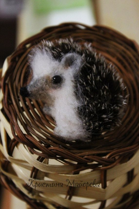 Hedgehog Brooch (Брошь Ёжик)
