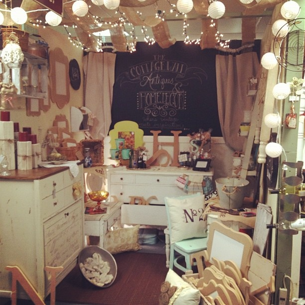 Apartment Decor Stores: 583 Best Images About Booth Display Ideas On Pinterest