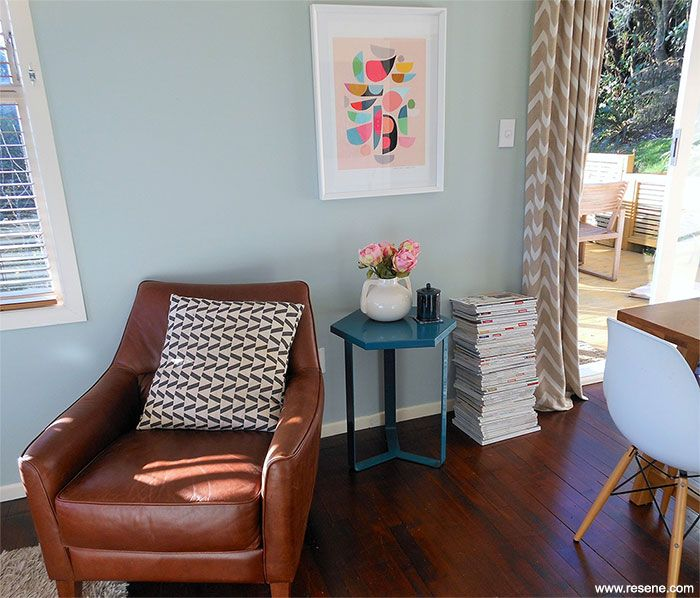 Ideas For Decorating A Living Room In An Apartment