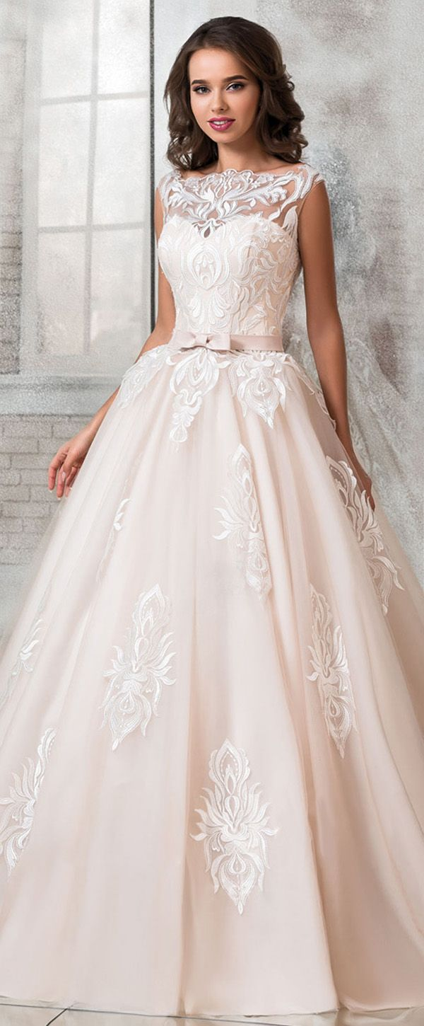 Attractive Tulle Bateau Neckline Ball Gown Wedding Dress With Lace Appliques Belt