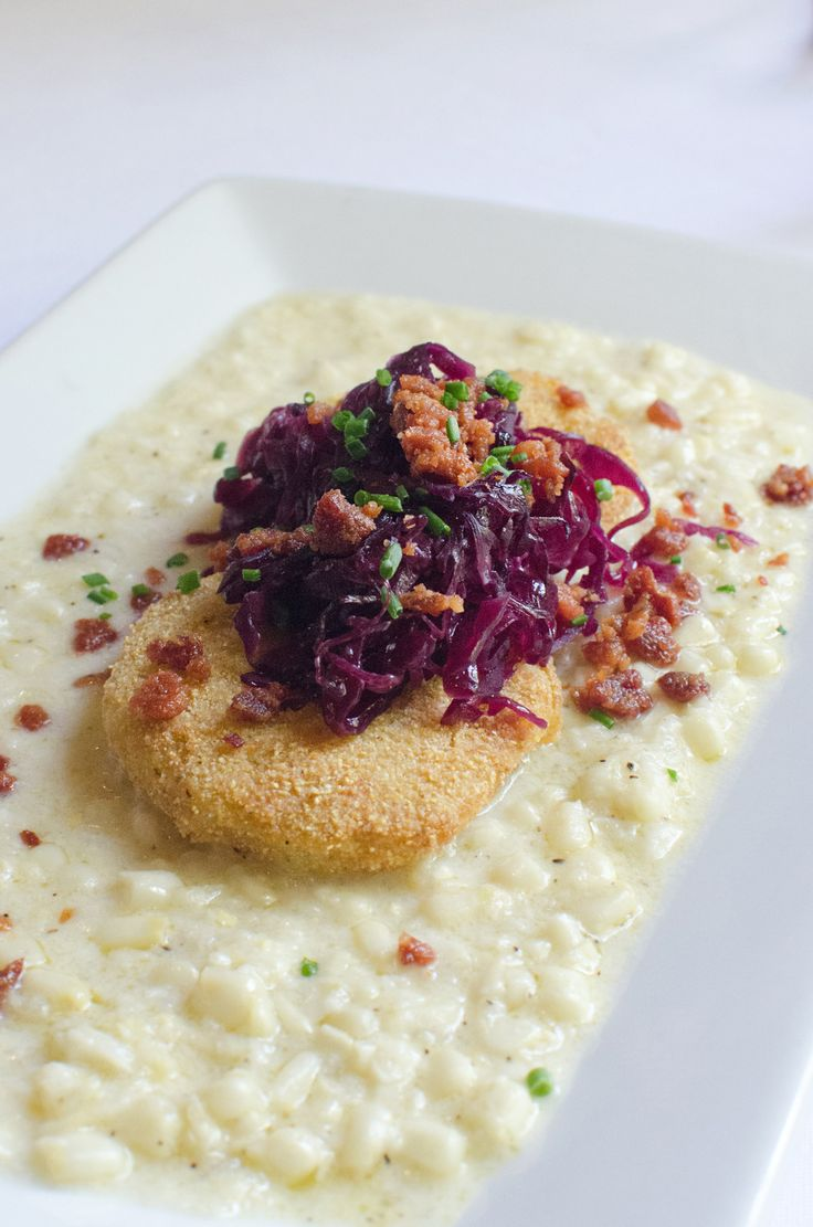 Fried green tomatoes, crispy bacon, braised cabbage & sweet corn cream. Eating like a local