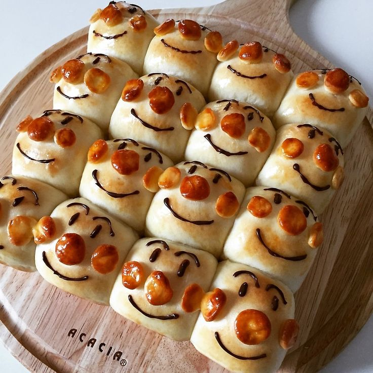 アンパンマンのちぎりパン | HALさんのお料理